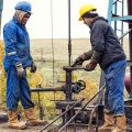 Keep Yourself Safe While Working in an Oilfield Industry
